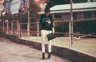 sbstnc blogger peep toe heels white pants black sweater cheap monday