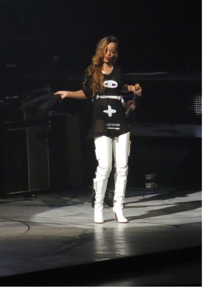rihanna black sea of desire black and white black and white shirt white shirt white black shirt