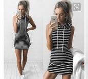 dress,stripes,black and white,hoodie,short,short dress,casual,black and white dress