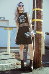 feral creature,dress,shoes,black,versexy,grunge,net,mesh,sleeveless,cute,goth,lolita,fashion,vogue,chic,style,t-shirt,crop tops,top,sunglasses