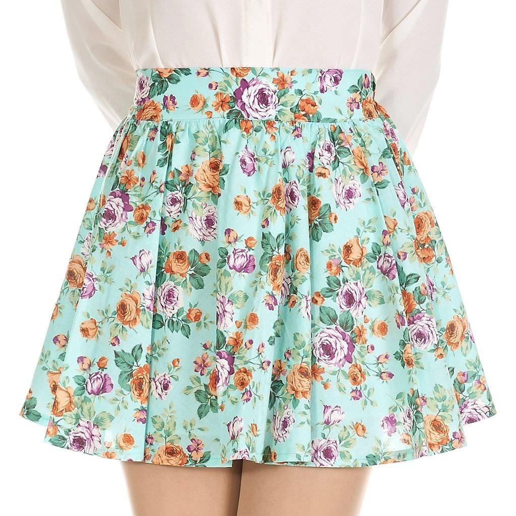 Feminine floral pleated full mini skirt