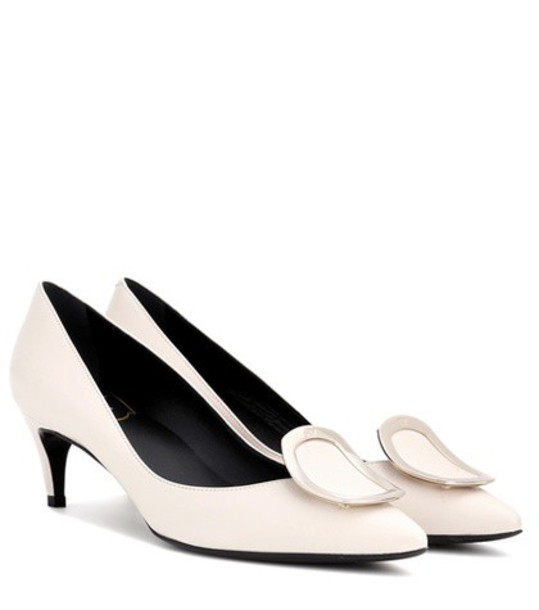 Roger Vivier sexy pumps leather white shoes