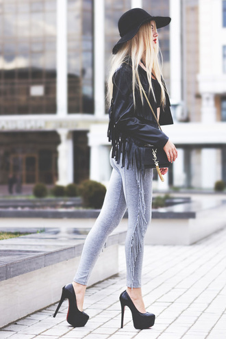 pants fringe boho gray fashion style jacket black leather leggings summer outfit trendy fringed jacket floppy hat