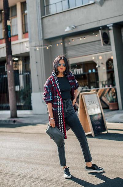shoes tumblr sneakers black sneakers jeans denim black jeans coat oversized bag sunglasses