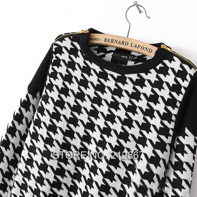 2013 Winter Shoulder Zipper Decoration Black And White Plaid Houndstooth Long Sleeve Knit Pullover Sweater Knitwear Outwear Tops-in Pullovers from Apparel & Accessories on Aliexpress.com