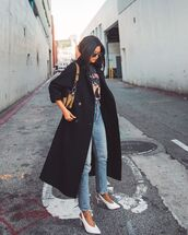 coat,black coat,slingbacks,white heels,jeans,black t-shirt,bag