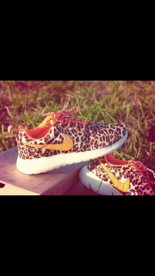 shoes leopard print nike roshe run leopard nikes