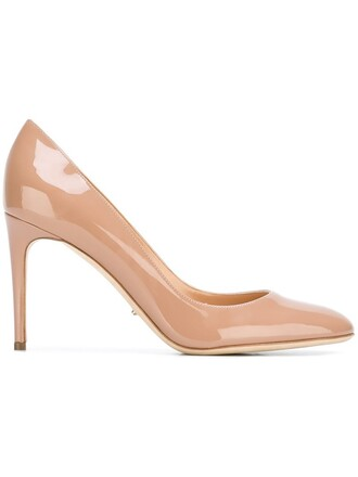 classic pumps nude shoes