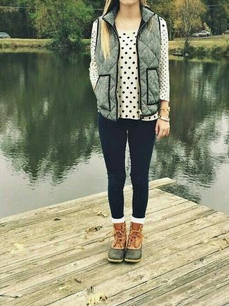 shoes fall outfits preppy vest preppy jewels boots duck boots