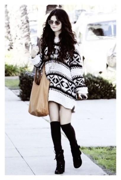 shirt celebrity style selena gomez sweater black and white