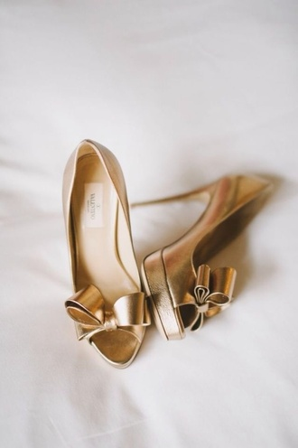Bow Gold High Heels - Shop for Bow Gold High Heels on Wheretoget