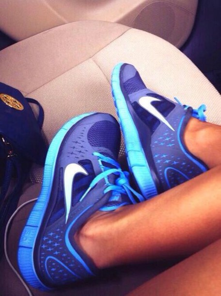 shoes blue purple nike free runs