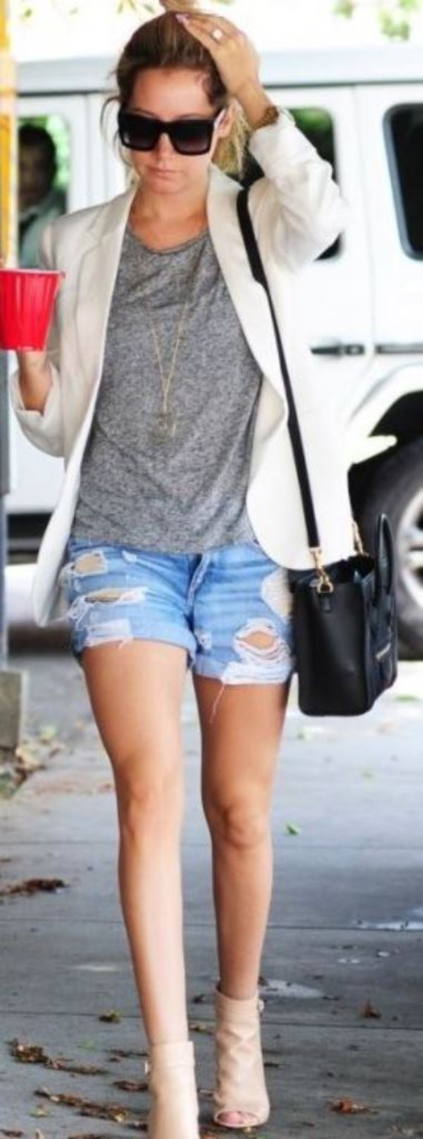 shorts ashley tisdale shoes