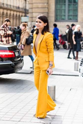jacket miraslova duma celebrity two piece pantsuits matching set pants power suit yellow pants wide-leg pants blazer yellow blazer top nude top spring outfits office outfits miroslava duma fashionista streetstyle yellow all yellow outfit