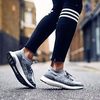 shoes grey grey sneakers sneakers fitness fitness shoes black and white grey and white gym gym clothes clothes fitness pants fitness gym gym leggings white