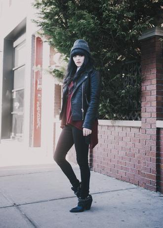 jag lever blogger leather jacket burgundy sweater