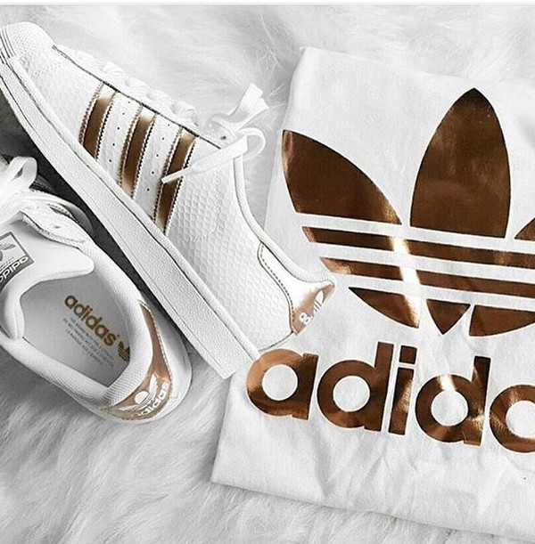 adidas originals rose gold double logo tee urban outfitters. Black Bedroom Furniture Sets. Home Design Ideas