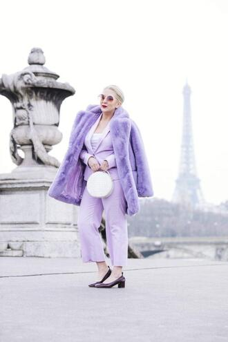 katwalksf blogger jacket coat tank top pants shoes bag sunglasses winter outfits faux fur coat mid heel pumps suit round bag