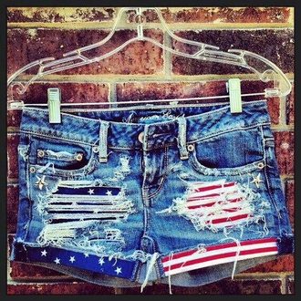 ripped shorts american flag shorts shorts blue shorts denim denim shorts american flag stars stripes stars and stripes frayed frayed shorts