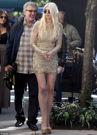 dress taylor momsen shoes