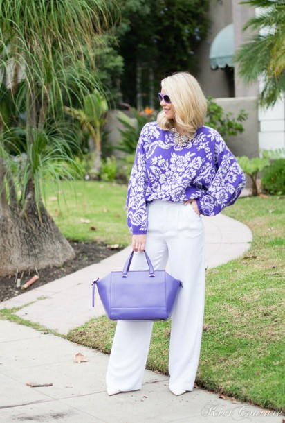 fashion addict blogger sweater wide-leg pants floral purple pants shoes bag jewels