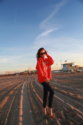 style scrapbook blogger sweater jeans sunglasses