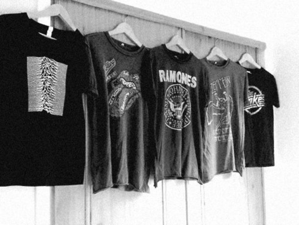 t-shirt band t-shirt ramones the strokes rolling stones t shirt