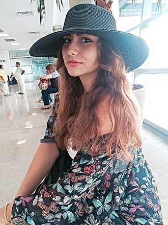hat style airport fashion greece make up mac black with butterflies hair accessory make-up coat