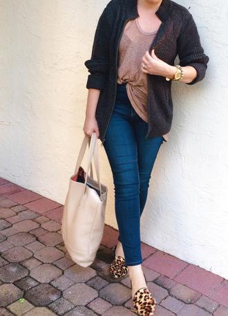 a pretty penny blogger cardigan t-shirt