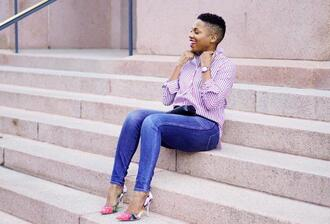 economyofstyle blogger shirt jeans pumps striped shirt skinny jeans high heel pumps spring outfits