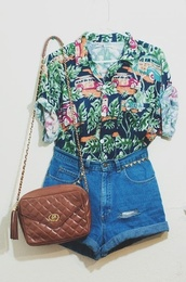 shorts,t-shirt,bag,shirt,tumblr,hawaiian,cute,high waisted,brown,blouse,High waisted shorts,brown bag,old fashioned,vintage,floral button down,tropical,tropical shirt,button up blouse,vintage shirt,vintage button up,denim shorts,hipster,floral,indie,boho,thrift,hippie,streetstyle,girl,cute outfits,girls hawaiian shirt,summer outfits