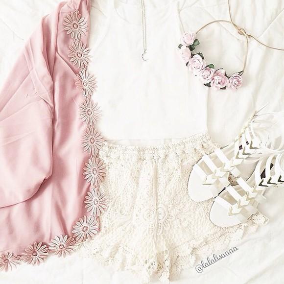 shorts lace shorts white cardigan shoes kimono jacket pastel pink