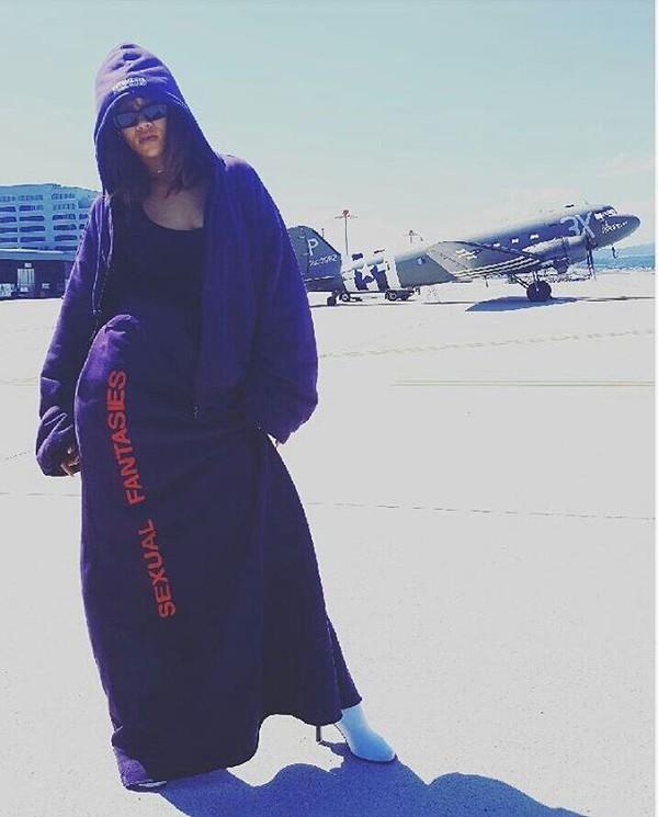 skirt rihanna maxi skirt hoodie top sunglasses