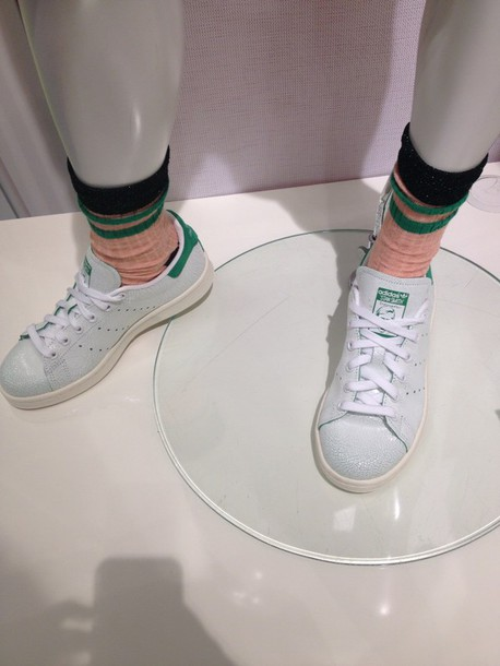 socks pink tumblr outfit green