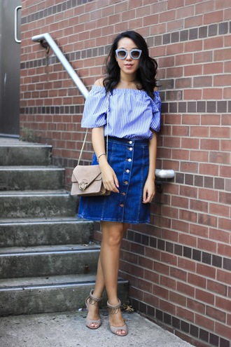 refined couture blogger top skirt shoes bag sunglasses button up mini skirt nude heels shoulder bag suede bag off the shoulder date outfit buttoned skirt