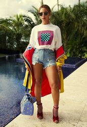 shorts,t-shirt,jacket,sandals,beyonce,instagram,purse,top
