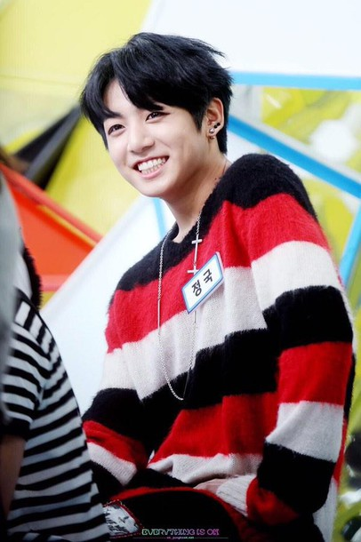 sweater bts jungkook jeonjungkook bangtanboys bangtan boys bangtan sonyeondumb jeon jungkook war of hormone red black white