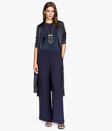 H&m wide trousers 99,90 лв.