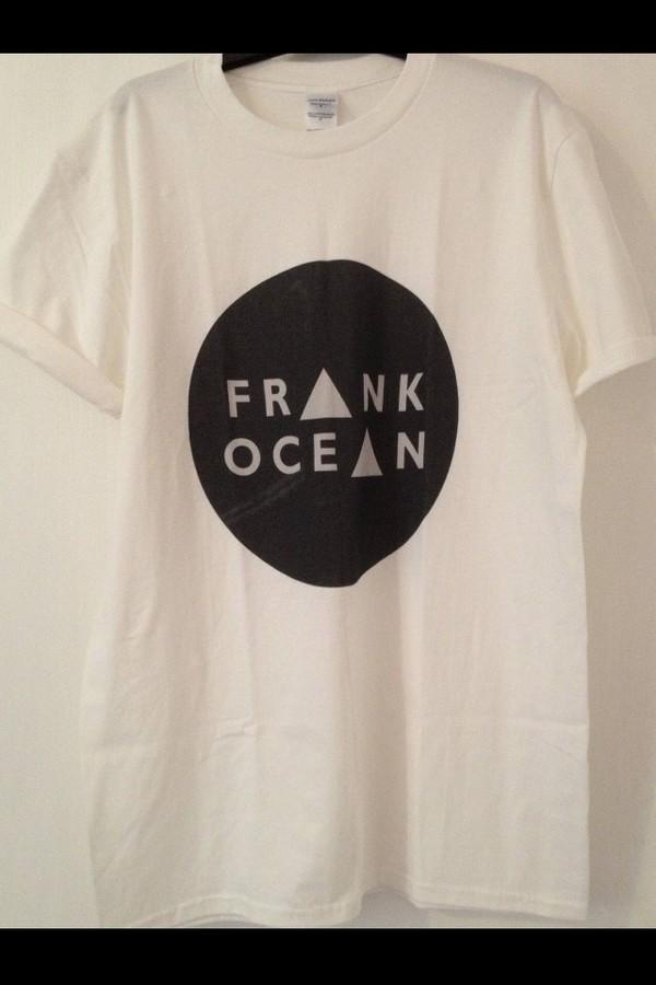 t-shirt frank ocean black white love more