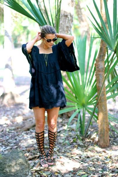 the courtney kerr dress shoes sunglasses t-shirt