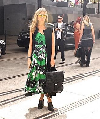 dress floral floraldress green dress jungle print summer outfits summer dress