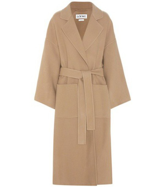 Loewe Virgin Wool And Cashmere Coat in beige / beige