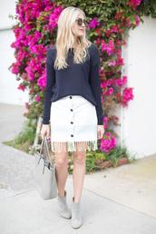 modern ensemble,blogger,sunglasses,fringe skirt,white skirt,blue sweater,grey bag,grey boots,button up skirt,rebecca minkoff,buttoned skirt