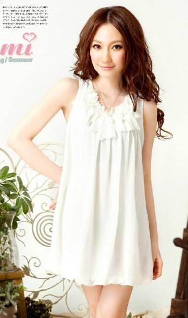 Wholesale stylish flowers embellished sleeveless chiffon dress white