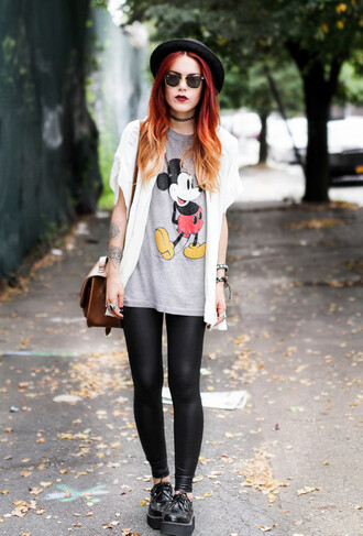 le happy blogger t-shirt blouse bag jewels