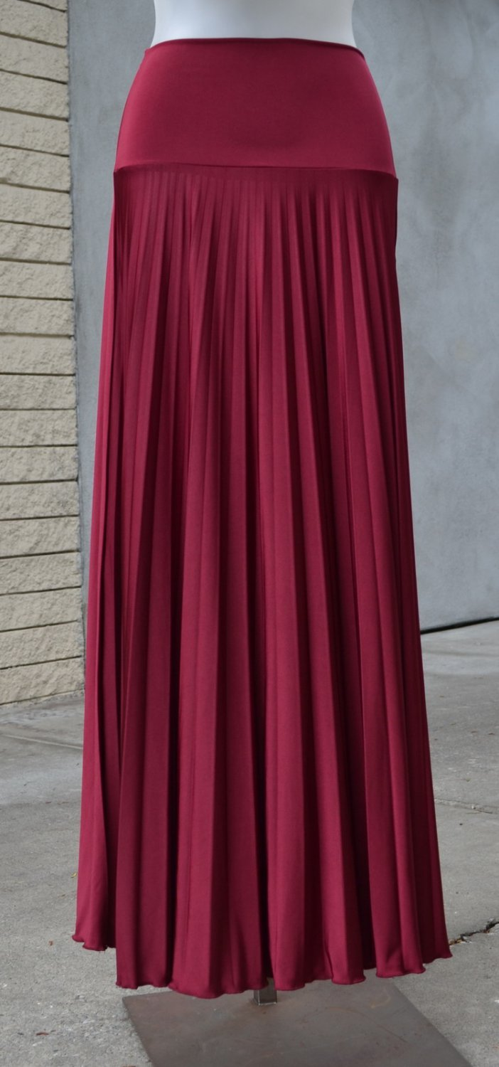 Pleated Long Maxi Skirt Banded Waist Cranberry - S M L