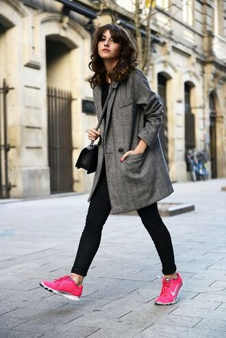 shoes black leggings nike sneakers blogger grey coat