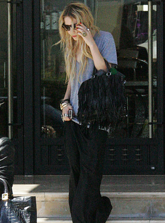 t-shirt grey oversized mary kate olsen bag