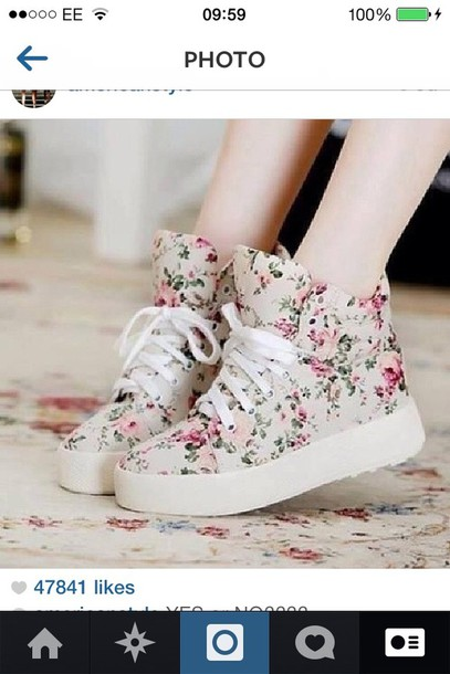 shoes belt kawaii shoes floral sneakers flowers pattern white pink white shoes pink shoes