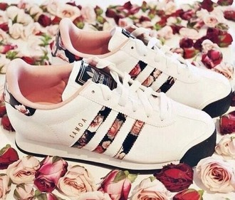 shoes adidas shoes white adidas shoes floral shoes floral adidas shoes floral print shoes print floral floral adidas samoa pink shoes black and pink shoes